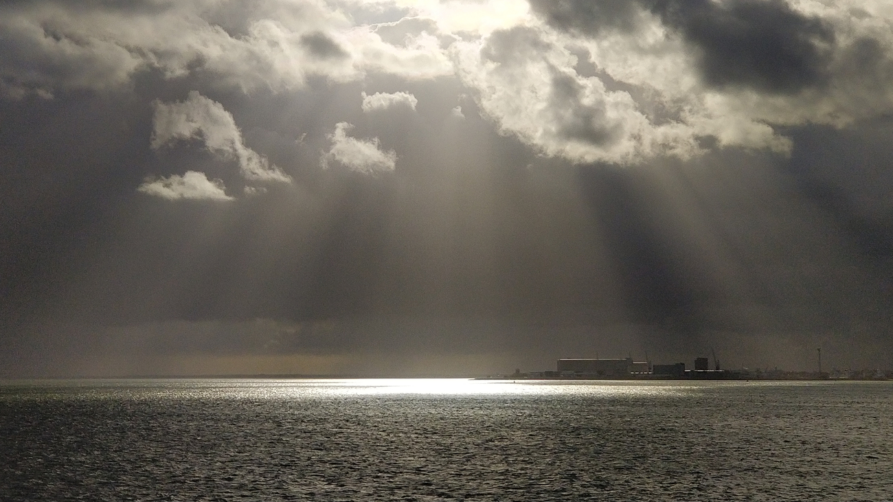 Sunrays over the northern sea, near Texel, Netherlands.